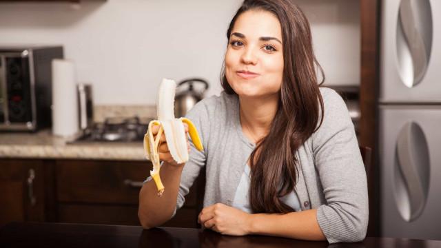 Como as bananas melhoram a saúde digestiva e promovem a perda de peso