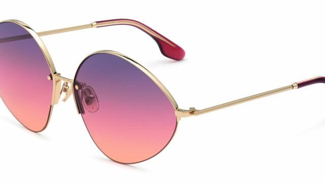 Victoria Beckham apresenta nova coleção de óculos de inspiração retro
