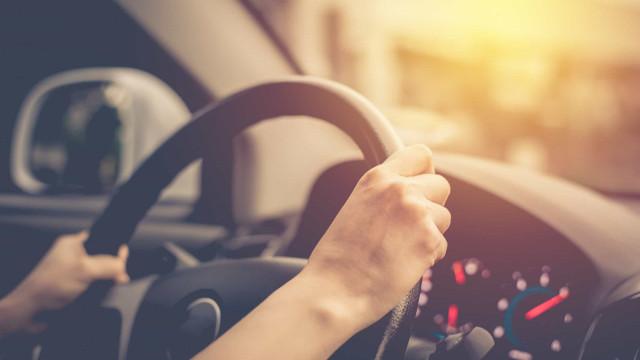 Forma como conduz pode ser indicador de demência, alerta estudo