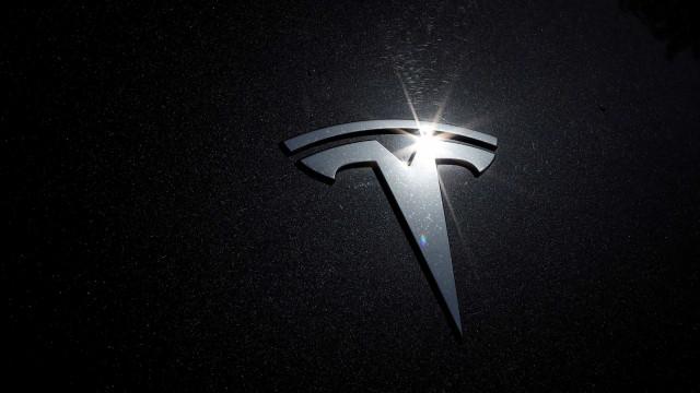 Tesla deixa de aceitar pagamentos em criptomoeda Bitcoin