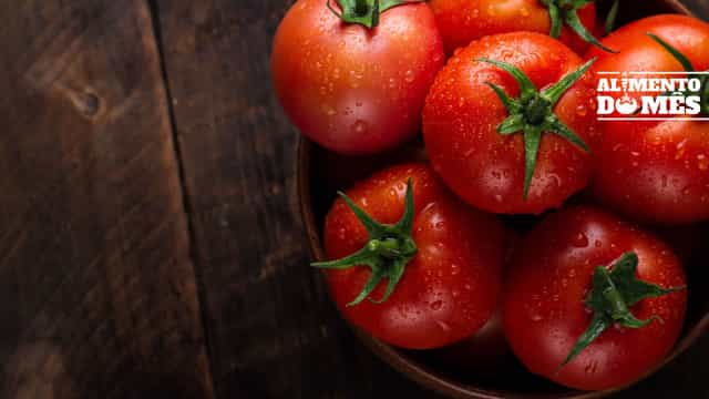 Pobre em calorias e cheio de vitaminas! Use e abuse do tomate