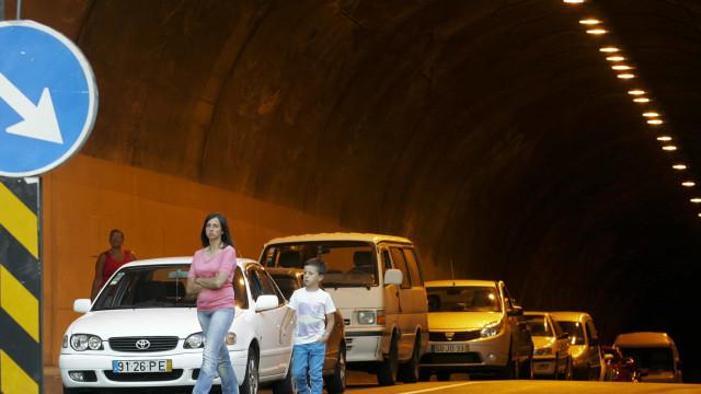 Acidente na Madeira faz sete feridos. Três são crianças