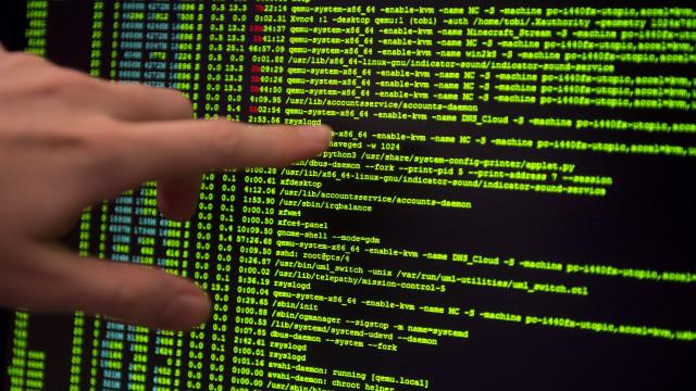 Centro de cibersegurança planeia ações de sensibilização com partidos