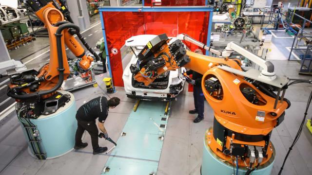 Automatização vai destruir 421 mil postos de trabalho no Norte até 2030