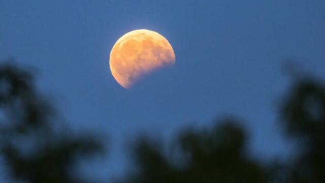 Eclipse parcial da Lua vai ser esta noite visível em Portugal