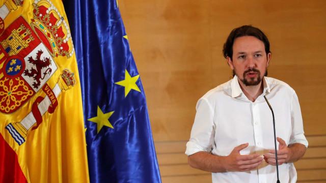 Militantes do Podemos apoiam estratégia para Governo de coligação