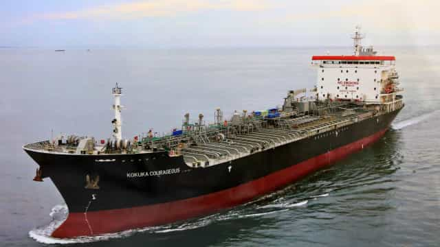 Navio japonês foi atingido no Golfo por bomba-lapa semelhante a iranianas