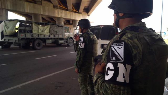 Cerca de 15 mil polícias e militares mexicanos na fronteira com EUA