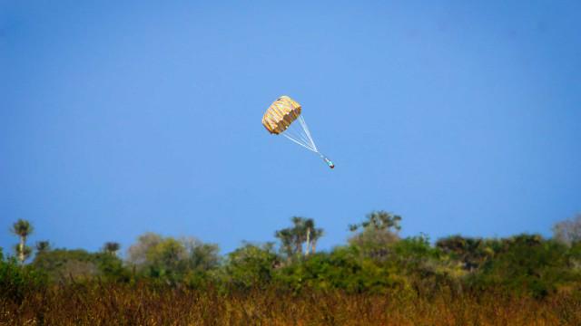 Comunidade académica lança minissatélites com valências aéreas espaciais