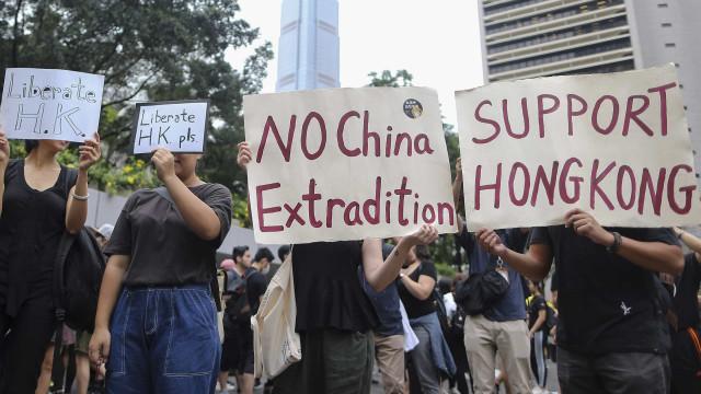 Protesto em Hong Kong exige extradição na agenda do G20