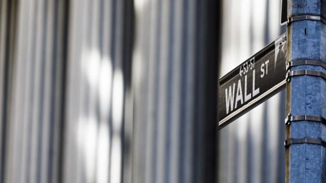 Wall Street fecha em baixa devido a nervosismo com negociações EUA-China