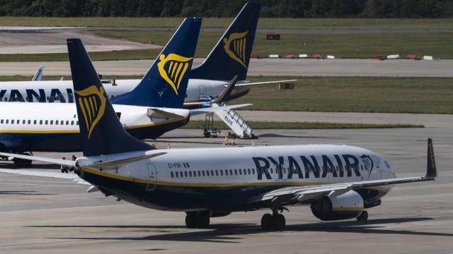 Ryanair diz que 95% dos voos saíram a horas no terceiro dia da greve