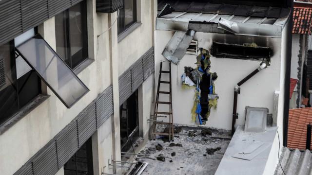 Aumenta para 14 número de mortos em incêndio no Rio de Janeiro