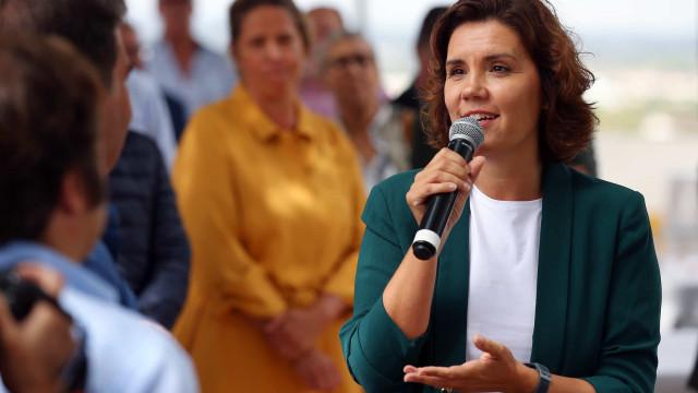 Líder do CDS-PP defende descontos nas portagens