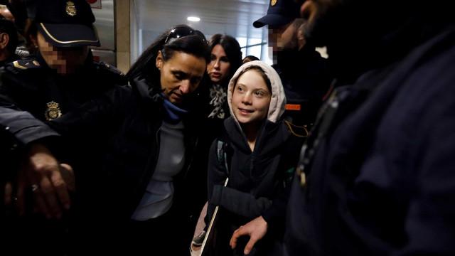 Após 10 horas de comboio, Greta Thunberg já chegou a Madrid