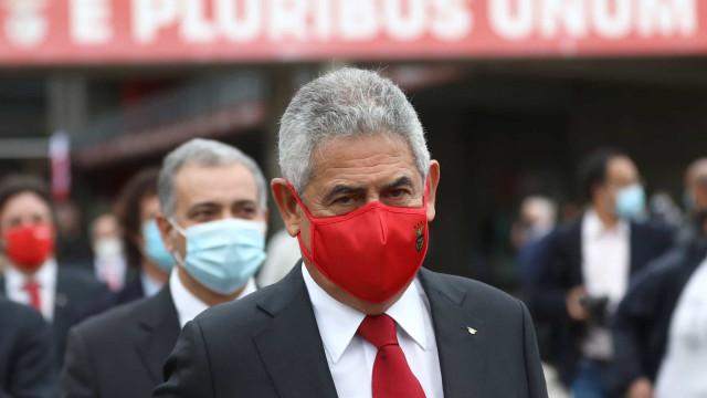Vieira reeleito para um sexto mandato na presidência do Benfica