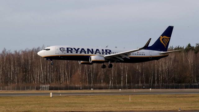 Ryanair desiste dos recursos sobre despedimentos em Lisboa e Porto