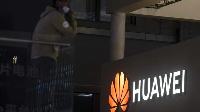 """Loja online da Huawei Portugal regista receitas de """"um milhão de euros"""""""