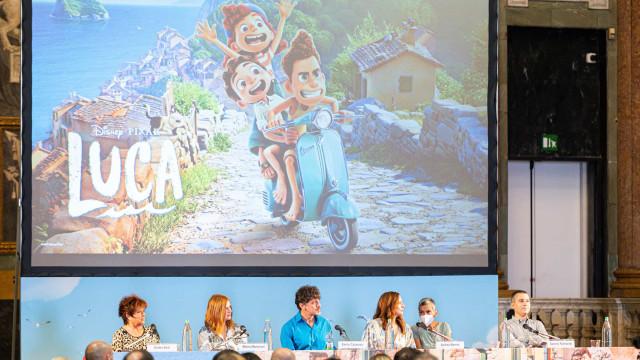 Pixar explora nostalgia, inclusão e amizade com monstros do mar em 'Luca'