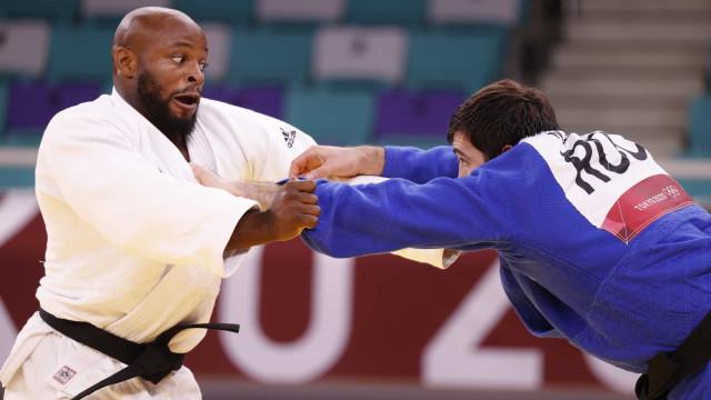 Judoca bicampeão mundial Jorge Fonseca nas meias-finais de -100 kg