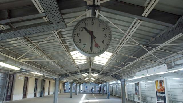 CP. Greve levou à supressão de 37 comboios até às 08h00