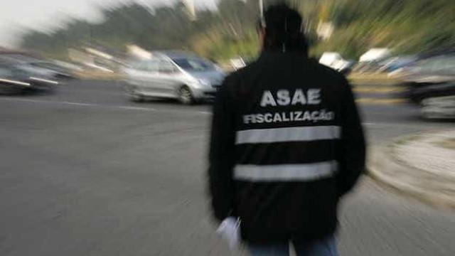 """ASAE encerra estabelecimento ilegal com """"mais de 400 clientes"""""""