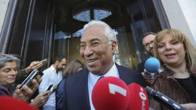 'Familygate'. PGR iliba Governo, mas Costa continua a ser pressionado