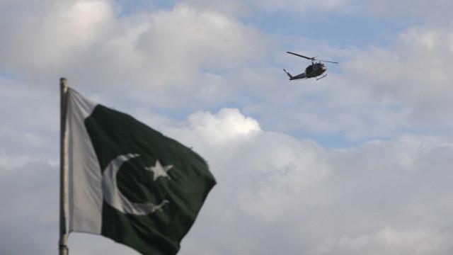 Queda de autocarro em ravina no Paquistão faz 23 mortos e 18 feridos