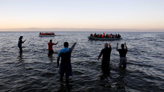 Pelo menos oito mortos em naufrágio perto das ilhas gregas