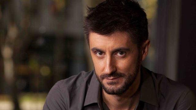 """""""Outra vez?"""": Daniel Oliveira criticado devido a repetição de programa"""