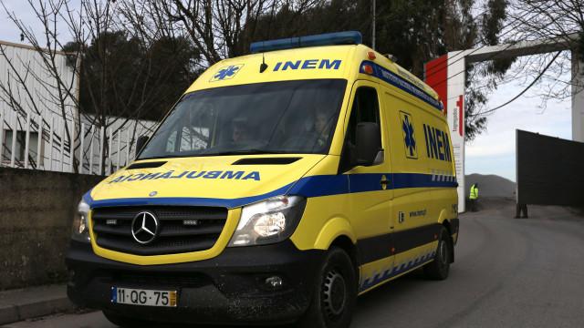 Jipe cai em ravina em Gondomar e faz um morto e três feridos graves
