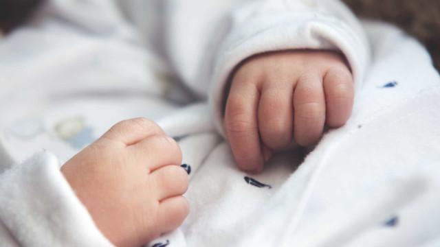 Oito bebés morrem em incêndio numa maternidade na Argélia