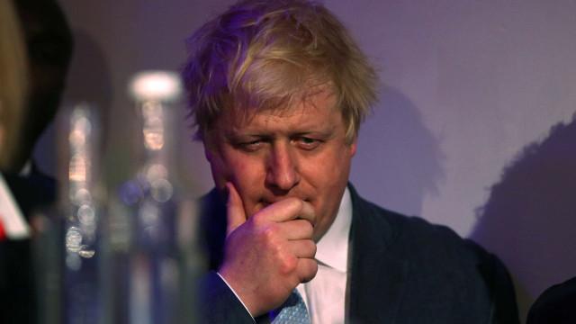 Candidatos ao Partido Conservador debatem saída da UE sem Boris Johnson