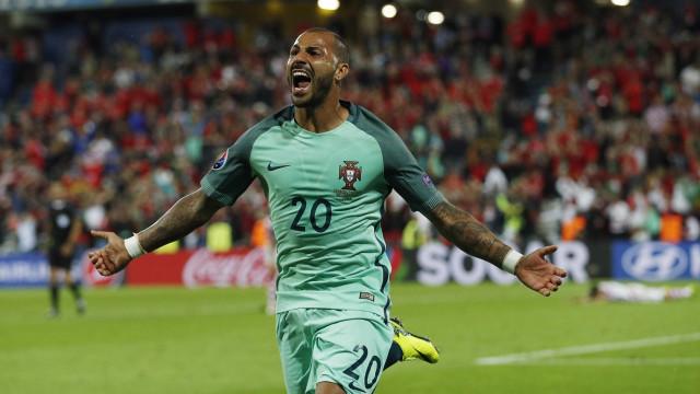 Os 10 jogadores que foram ao Mundial e ficaram fora da Liga das Nações