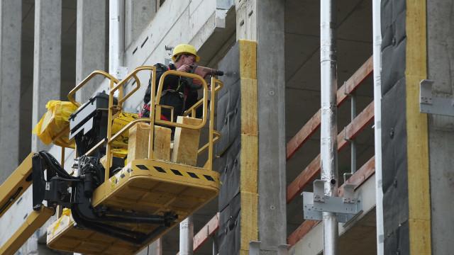 Acidente de trabalho em construção na Marinha Grande provoca um morto