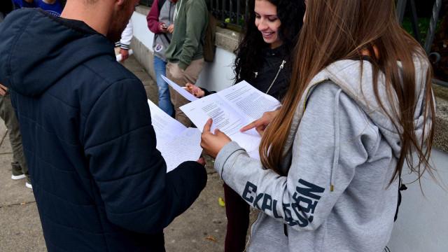 Iniciam-se amanhã duas semanas de provas para 260 mil alunos