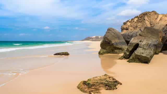 Três das praias mais seguras na Europa em tempos de Covid são em Portugal