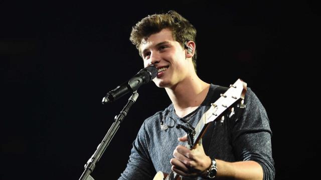 Shawn Mendes foi gozado na escola quando começou a cantar