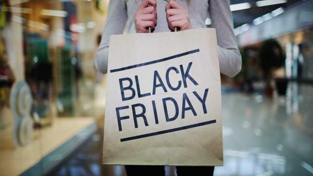 Mais de metade dos portugueses pondera fazer compras no Black Friday