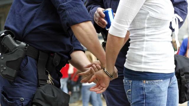 Funcionárias de creche detidas por suspeitas de maus-tratos a crianças