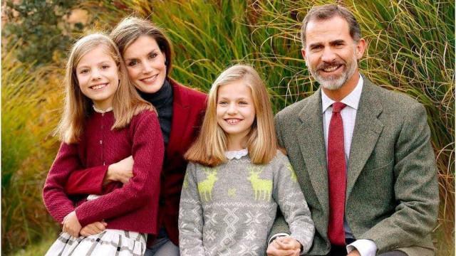 Filhas de Reis de Espanha têm ato de generosidade com idosa de 107 anos