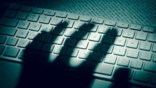 """""""Não é preciso ver para crer"""". Uma campanha para prevenir o cibercrime"""
