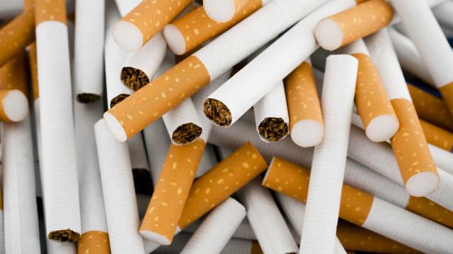 Quase dois milhões de cigarros apreendidos e oito detidos