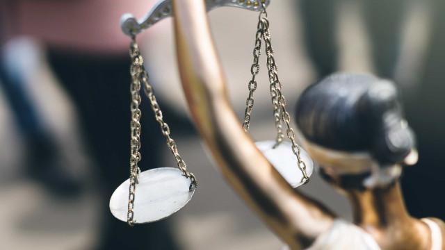 Condenado a seis anos e oito meses por maus tratos a cinco enteados
