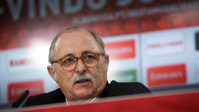 """Benfica: """"O grupo é de 27 atletas, mas vai ainda ser reduzido"""""""