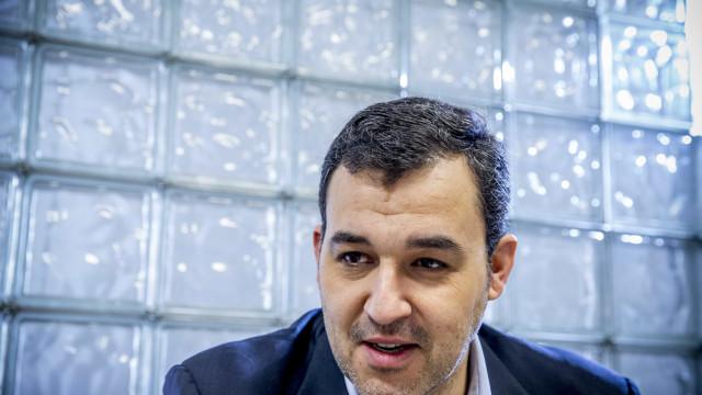 Líder do PAN admite abolição de portagens no Interior para fixar pessoas