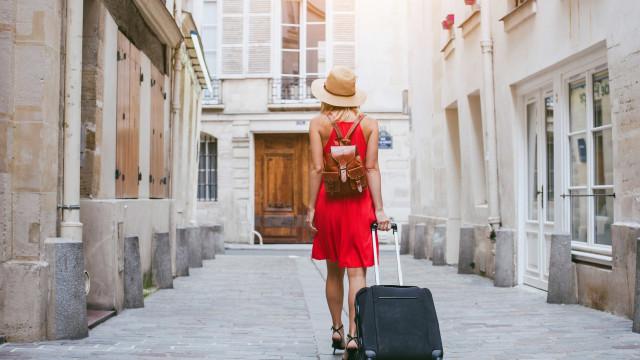 Receitas turísticas crescem quase 9% em junho para mais de 1,5 mil ME