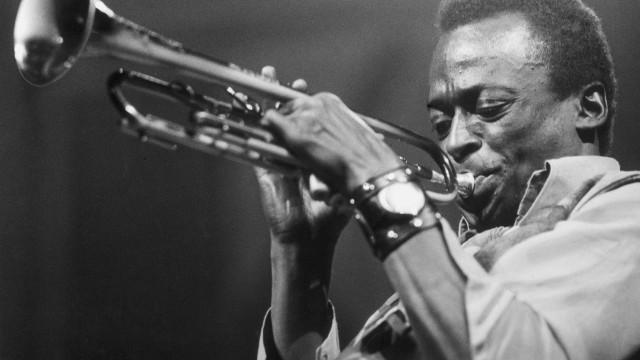 Álbum póstumo de Miles Davis lançado em 6 de setembro