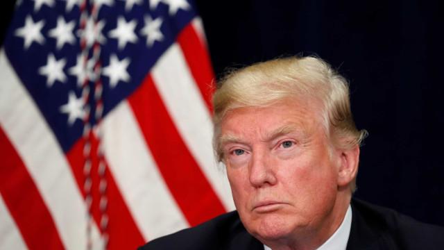 """""""Não vejo uma recessão"""". Trump (e equipa) descarta descalabro da economia"""
