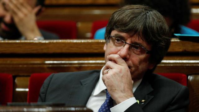 Reemitido mandado de detenção europeu contra Puigdemont